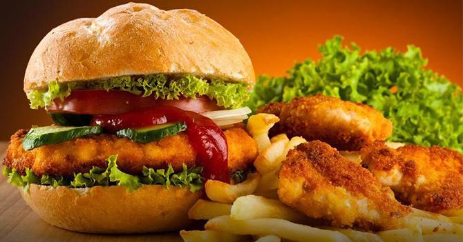 Bánh mì burger gà, nhahangphap.com