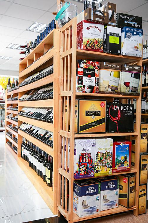 Rượu vang tại cửa hàng 1, nhahangphap.com